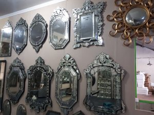 The Secret of vanity mirror as a decorative interior.